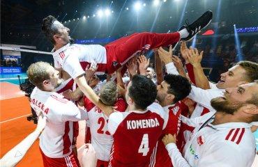 Тренер поляків виставив медаль Ліги націй на благодійний аукціон чоловічий волейбол, якуб беднарук, збірна польщі, ліга націй-2019, бронзова медаль на аукціон