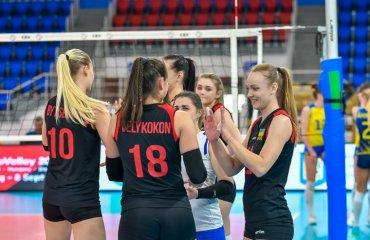 Збірна України провела п'ять товариських матчів з Румунією чоловічий волейбол, жіночий волейбол, кубок незалежності, гарій єгіазаров інтервью, чемпіонат європи-2019
