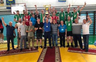 """Вища ліга (чоловіки). """"Фінал чотирьох"""". Феєричний тріумф СК """"Прибилів"""" чоловічий волейбол, вища ліга україни, сезон 2019-2020, фінал чотирьох, дсо, мхп-вінниця, прибилів, булава"""