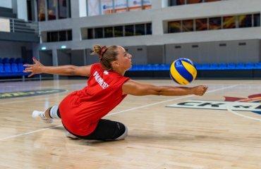 """Шара ВЕНЕГАС: """"У цьому сезоні чекаю тільки чемпіонства з """"Прометеєм"""" жіночий волейбол, шара венегас, ск прометей, інтерв'ю, ліберо, пуерто-руко"""