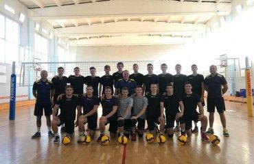 Молодіжна збірна України провела два контрольні матчі перед Євро чоловічий волейбол, чемпіонат європи 2020, збірна україни ю20, тренувальні збори, решетилівка, дсо-тнеу