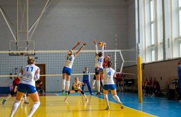 """Суперліга (жінки). 2-й тур. Дебютанти показали """"зубки"""" жіночий волейбол, другий тур, суперліга україни, чемпоінат україни, сезон 2020-2021"""