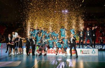 """""""Перуджа"""" завоювала Суперкубок Італії чоловічий волейбол, суперкубок італії-2020, перуджа, модена, трентіно, чивітанова, фінал, олег плотницький"""