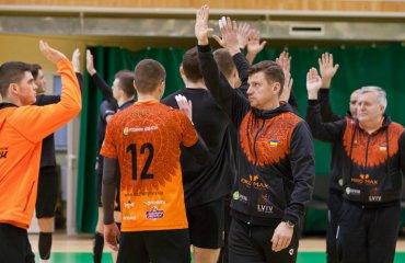 """Угіс КРАСТІНЬШ: """"Попри COVID, новий сезон може стати сильнішим і цікавішим"""" чоловічий волейбол, суперліга україни 2020-2021, угіс крастіньш, інтервью, барком-кажани львів, підготовка до сезону"""