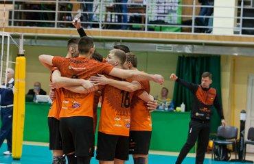 """ВК """"Барком-Кажани"""" припиняє участь у Кубку Виклику чоловічий волейбол, кубок виклику 2020-2021, барком-кажани львів, румунія динамо бухарест, другий матч, 1\16 фіналу, коронавірус, пандемія"""