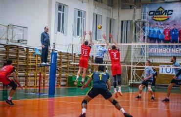 """Суперліга (чоловіки). 3-й тур. Друга осічка ВК """"Житичі-ПНУ"""" чоловічий волейбол, суперліга україни 2020-2021, чемпіонат україни 2020-2021 з волейболу, огляд матчів 3-го туру"""