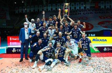 """""""Мілан"""" завоював Кубок Виклику-2021 чоловічий волейбол, кубок виклику 2020-2021, фінал, мілан, зіраатбанк, туреччина, італія"""
