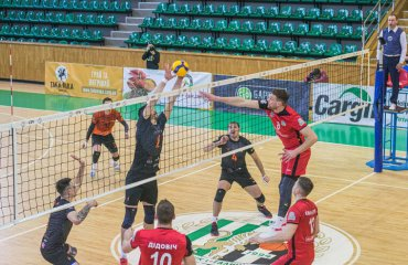 Суперліга (чоловіки). 1/2 фіналу. У домашніх стінах фаворити взяли своє чоловічий волейбол, суперліга україни, сезон 2020-2021, півфінали, житичі-пну, барком-кажани, епіцентр-подоляни, юракадемія