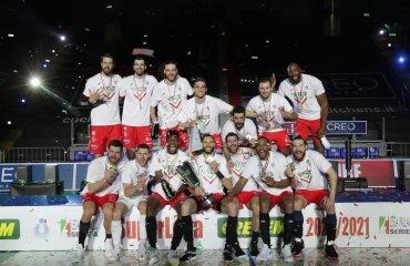 """""""Чивітанова"""" стала чемпіоном Італії чоловічий волейбол, чемпіонат італії 2020-2021, перуджа, олег плотницький, фінал чивітанова"""