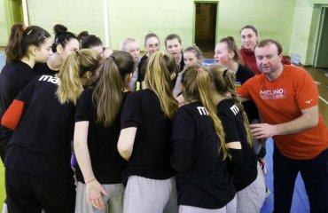 """Віктор ТУРКУЛА: """"Що необхідно зробити для успіху – знаємо"""" жіночий волейбол, збірна україни ю16, u-16, чемпіонат європи-2021, кваліфікація, віктора туркула інтерв'ю"""