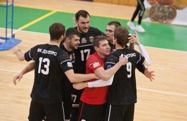 """8 гравців """"Дніпра"""" продовжили контракти з клубом чоловічий волейбол, вк дніпро, суперліга україни сезон 2021-2022, український волейбол, гравці"""