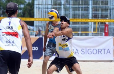 Українські пляжники вийшли в плей-офф чемпіонату Європи U-20 пляжний волейбол, чемпіонат європи ю20, плей-офф, українські пляжники, хімль\лазаренко, бойко\бублик, плей-офф