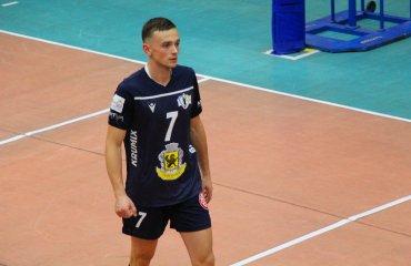 """Зв'язуючий Поліщук став новачком ВК """"Барком-Кажани"""" чоловічий волейбол, суперліга україни 2021-2022, чемпіонат україни 2021-2022, трансфер, вк барком-кажани, ілля поліщук, український волейбол"""