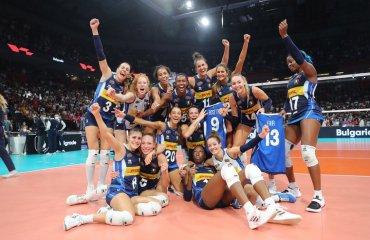Збірна Італії стала чемпіоном Європи жіночий волейбол, чемпіонат європи-2021, збірна італії, збірна сербії, збірна туреччини, призери, фінал
