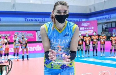 """Кодола та її команда """"Алтай"""" стали переможцями клубного чемпіонату Азії жіночий волейбол, клубний чемпіонат азії-2021, переможець, алтай казахстан, надія кодола, каптін збірної україни"""