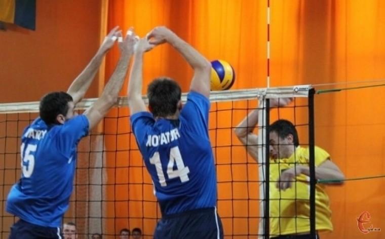Хмельницький «Новатор» провів матчі другого туру