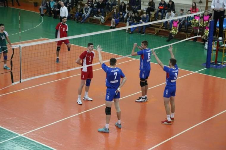 В Виннице и Сумах пройдут заключительные матчи второго этапа