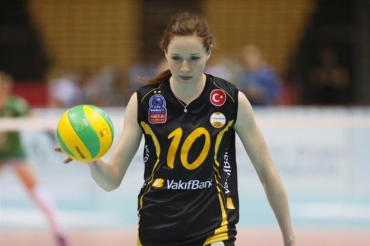 Лоннеке Слёйтьес на два года продлила контракт с «Вакифбанком»