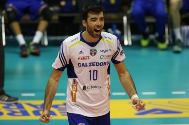 Сербский диагональный Саша Старович покидает «Верону»