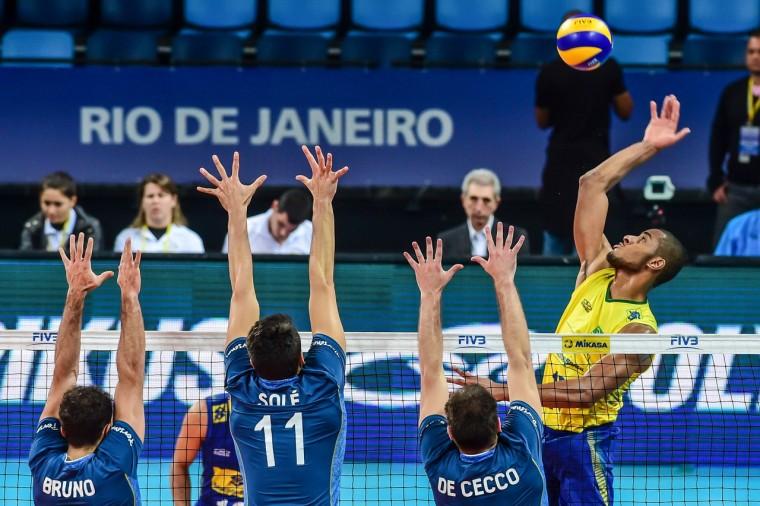 Бразилия победила Аргентину и сыграет с Россией в полуфинале ОИ