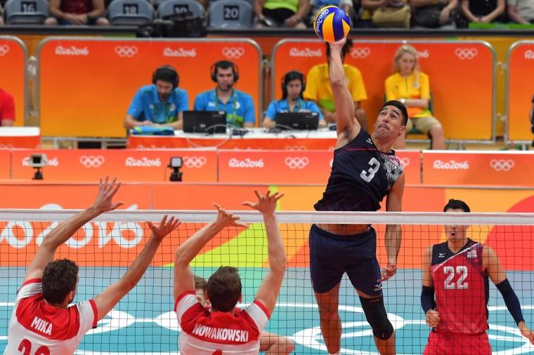 Волейболисты сборной США победили поляков и вышли в полуфинал олимпийского турнира