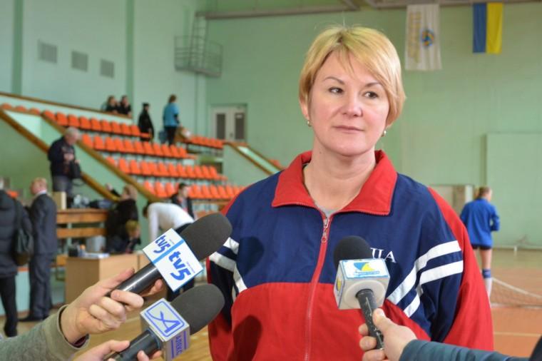 """Iрина Комiсарова Ірина КОМІСАРОВА: """"Суперник досвідченіше за нас, тому й переміг"""""""
