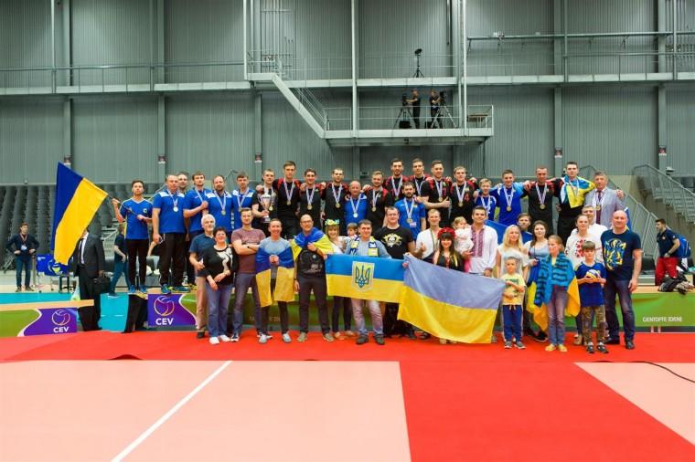 Мужская сборная Украины Мужская сборная Украины поднялась на 17 место в рейтинге ЕКВ