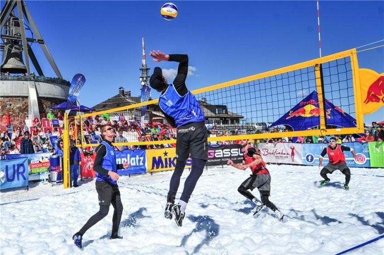 На Олимпиаде-2018 проведут выставочный матч по волейболу на снегу