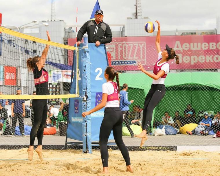 Діана Луніна та Марина Самодай Чернігів запрошує на чемпіонат України з пляжного волейболу!