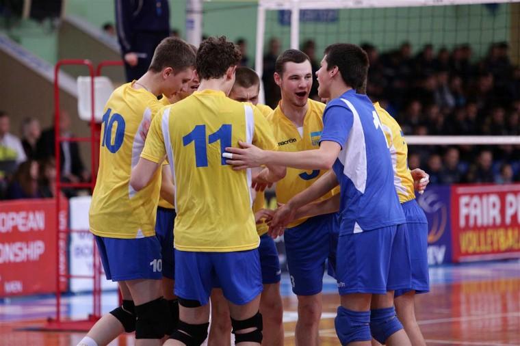 Молодіжна збірна України U-17 У Луцьку та Києві відбудуться Всеукраїнські змагання для команд U-17 та U-16