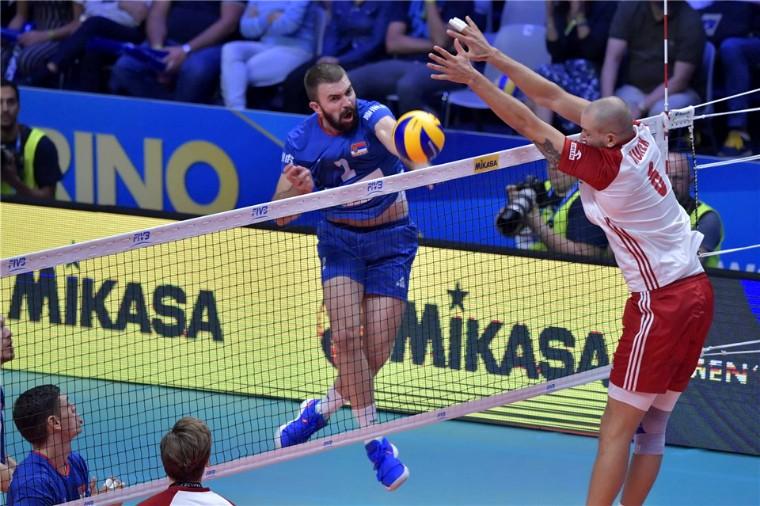 Сербия - Польша Кубяк и Ковачевич получили красные карточки (ВИДЕО)