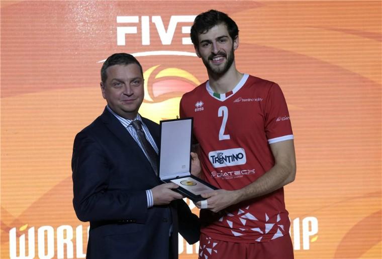 Аарон Рассел Аарон Расселл - MVP клубного чемпіонату світу-2018