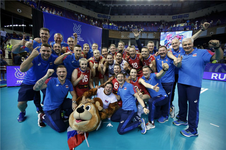 Збірна Росії Корейська федерація волейболу звинувачує тренера збірної Росії в расизмі