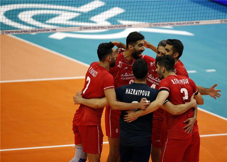 Збірна Ірану Іран обіграв Кубу, Франція сильніше Словенії та інші матчі