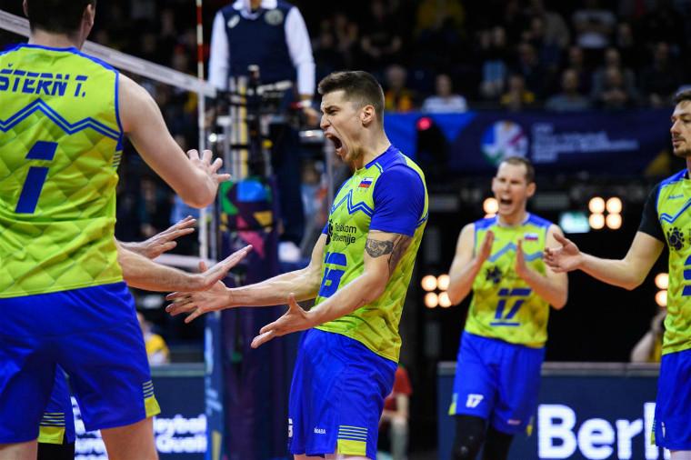 Збірна Словенії Німеччина і Словенія вийшли у півфінал олімпійської кваліфікації