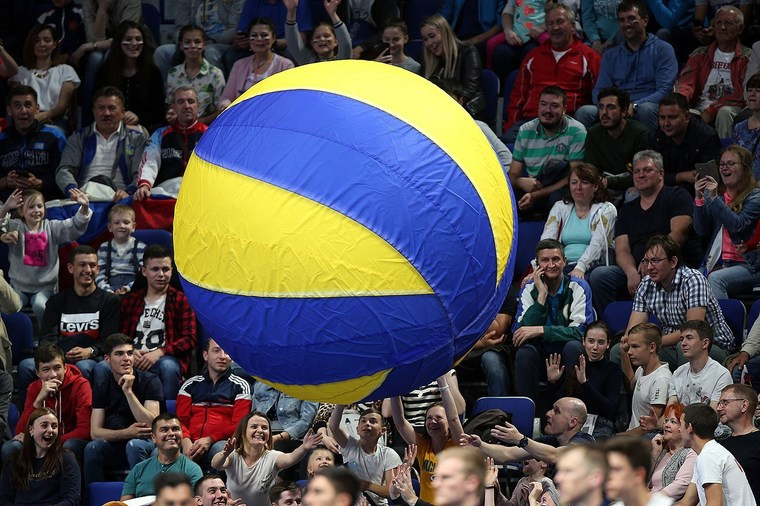 Коронавирус остановил волейбол во всём мире