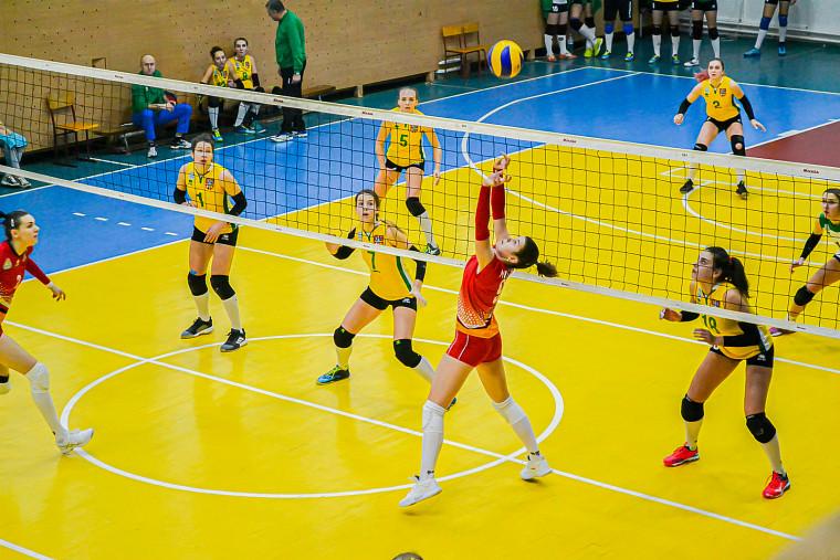 """Ангеліна Мірчева Ангеліна МІРЧЕВА: """"Прометей"""" дав мені другий подих у волейболі"""""""