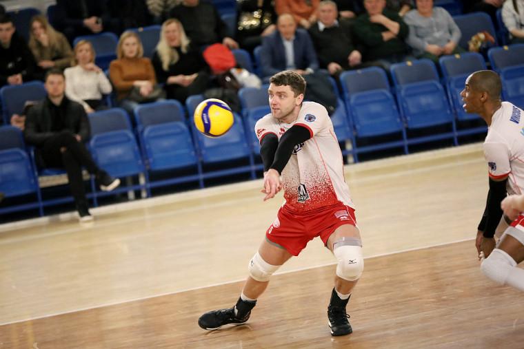 Володимир Ковальчук Чемпіонати Білорусі та Бразилії завершені достроково