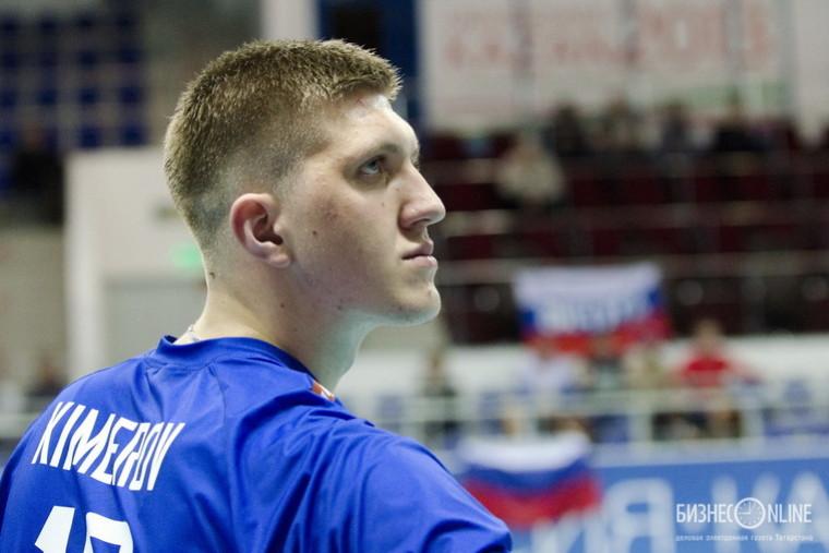 Александр Кимеров Клуб выгнал, а федерация дисквалифицировала – наказание Кимерова за инцидент на дороге