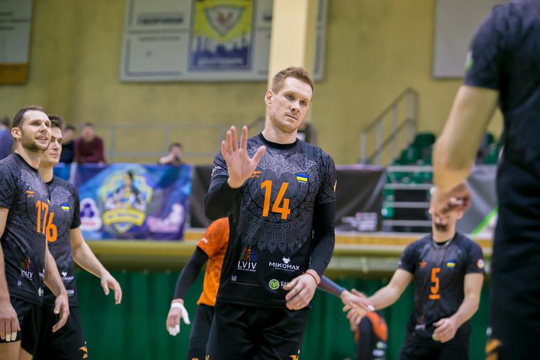 Олександр Гладенко Український блокуючий Гладенко продовжить кар'єру в Чехії