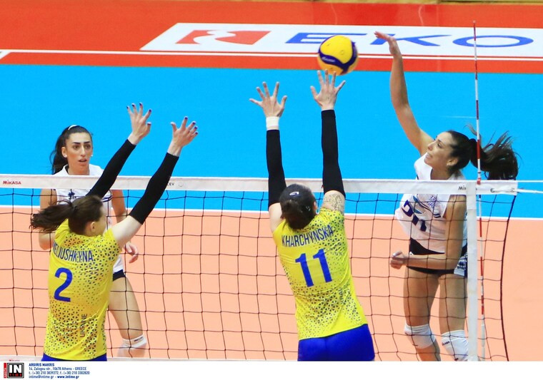 Греція - Україна Збірна України провела перший товариський матч у Греції