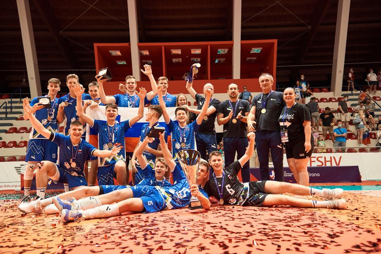 Збірна Словенії Словенія перемогла Росію у фіналі Євро U-17